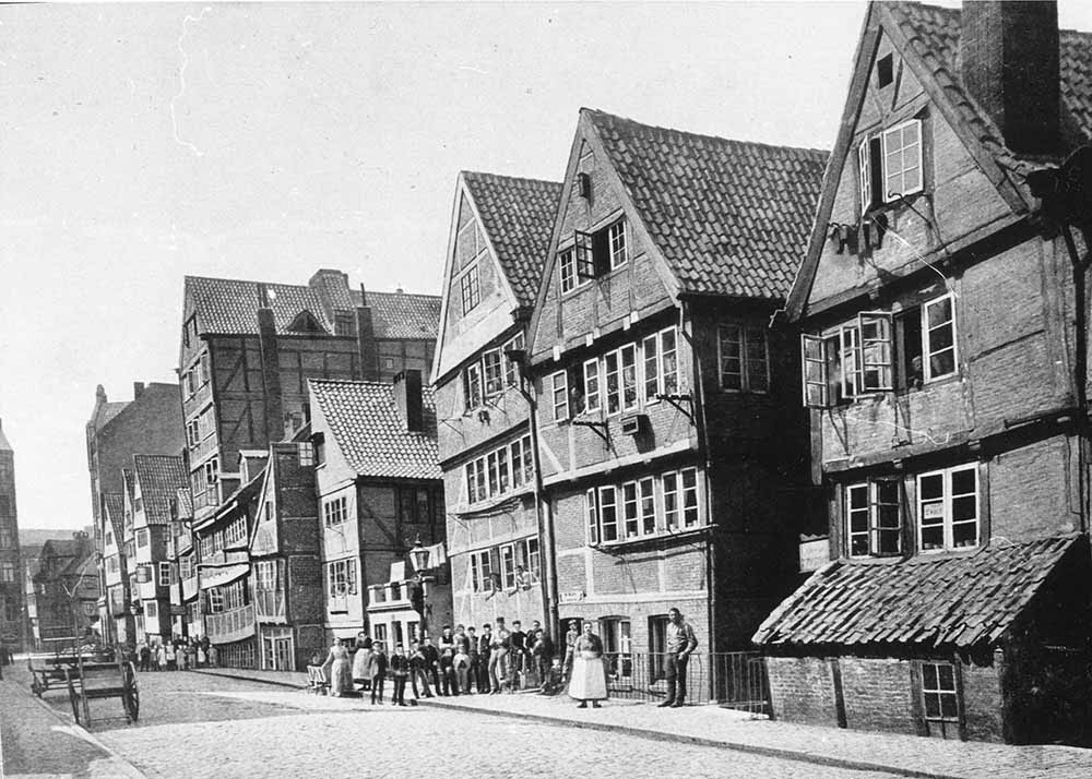 What was before the Speicherstadt? Life on the Kehrwieder-Wandrahm island